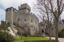 De La Fratta或Cesta塔,圣马力诺 免版税库存照片