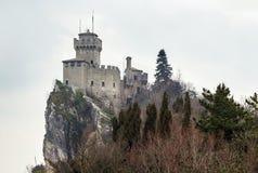 De La Fratta o torre de Cesta, San Marino Imagen de archivo libre de regalías