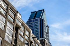 de 1000 la Gauchetiere ist ein Wolkenkratzer Stockfotografie