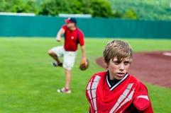 De la juventud del béisbol del colector cierre para arriba Imagen de archivo