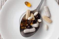 De la mezcla del suplemento todavía del antioxidante vida Fotos de archivo libres de regalías