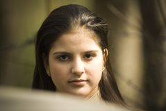 De la muchacha retrato al aire libre Fotografía de archivo