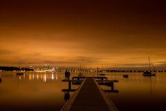 De la oscuridad hasta amanecer Fotos de archivo