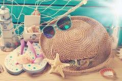 De la playa todavía de las vacaciones de verano vida en estilo retro Imagen de archivo