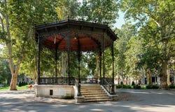 De la Rotonda viejo hermoso en el cuadrado de Strossmayer (parque) en Zagreb imágenes de archivo libres de regalías