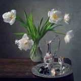 De la serie con los tulipanes blancos Foto de archivo libre de regalías