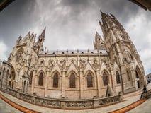 De la serie Templos de América del Sur: Basílica del Voto Nacional. stock photos