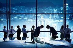 De la sociedad corporativa Team Concept de la pertenencia étnica hombres de negocios Fotografía de archivo libre de regalías