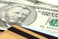 De la tarjeta de crédito y dólar foto de archivo libre de regalías