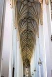 De la visión a largo plazo vestíbulo de la catedral abajo Foto de archivo libre de regalías