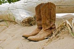 De Laarzen van Beached Stock Foto's