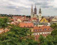 De Lagere Stad van Zagreb zoals die van Hogere Stad wordt bekeken royalty-vrije stock foto