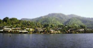 De lagune bij banrakthai, Maehongson, het Miniatuureffect van Thailand Stock Afbeeldingen