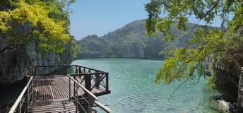 De lagune op het eiland in Thailand Stock Afbeelding