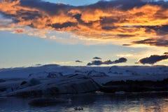 De Lagune van de Gletsjer van Jokulsarlon Stock Foto's