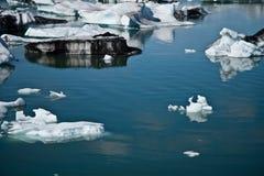 De lagune van de Jokulsarlongletsjer in IJsland Royalty-vrije Stock Fotografie