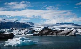 De lagune van de Jokulsarlongletsjer in IJsland Stock Foto