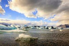 De lagune van Jokulsarlon Stock Afbeeldingen