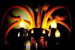 De lamp glanst in dark royalty-vrije stock foto