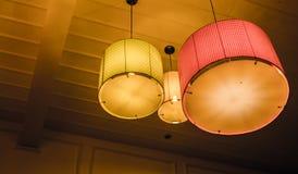 De lamp maakt aan het Dak vast royalty-vrije stock afbeelding