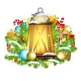 De lamp met kaarsentribune op sneeuwsparrentakken met stelt voor Stock Foto