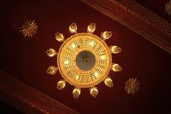 De lamp op de rode textuur als achtergrond royalty-vrije stock afbeelding