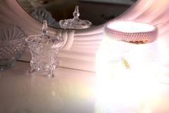 De lamp in de slaapkamer stock afbeeldingen