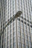 De lamp van New York post en de Bouw Royalty-vrije Stock Foto's