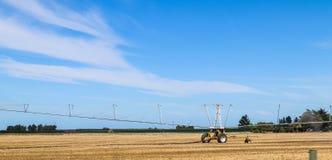 De landbouwbedrijven, de rivieren en de bossen van het zuideneiland van Nieuw Zeeland royalty-vrije stock foto's