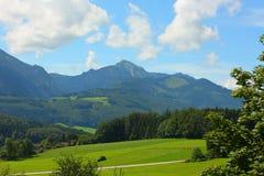 De bergen van alpen Stock Afbeeldingen