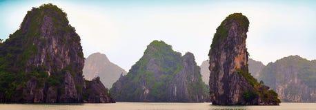 De Lange Baai van Ha, Vietnam stock foto