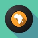 De lange schijf van de schaduwmuziek met een kaart van het Afrikaanse continent vector illustratie