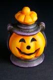 De Lantaarn van Halloween op Zwarte Achtergrond Stock Foto's