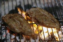 De lapjes vlees van Angus op een barbecue Stock Foto