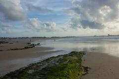 De largo, está de largo la playa Fotos de archivo libres de regalías