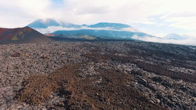 De lava van de vulkaan stock videobeelden