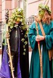 De leden van het festival Beltane paraderen. Royalty-vrije Stock Fotografie