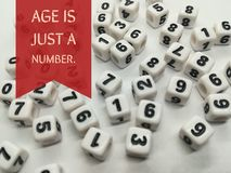 De leeftijd is enkel een aantal inspirational citaat stock foto's
