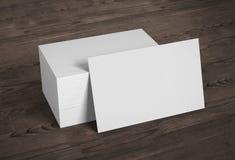 De lege adreskaartjes van het malplaatjemodel op houten achtergrond 3d aangaande Royalty-vrije Stock Fotografie