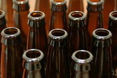 De lege Flessen van het Bier Stock Foto's