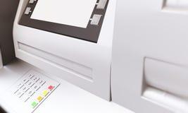 De lege vertoning van ATM sideview Stock Foto's