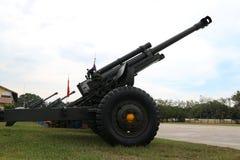 De legerartillerie is een vuurwapen royalty-vrije stock foto's