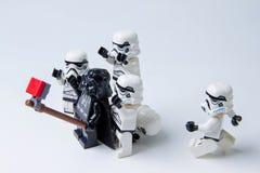 De Legosterrenoorlog neemt foto's selfie Stock Foto's