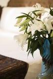 De lelie van Pasen op de slaapkamer Stock Afbeelding