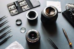 De lensdienst van de precisie past de optische foto, aan richt zich Royalty-vrije Stock Foto