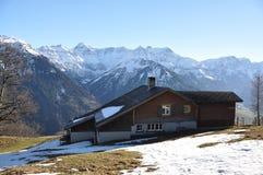 De lente in Braunwald, Zwitserse het ski?en toevlucht Royalty-vrije Stock Fotografie