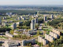 De lente in de stad Vilnius - luchtfoto stock fotografie