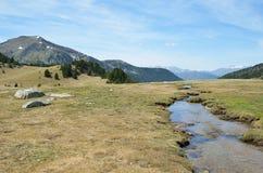 De lente in de vallei madriu-Perafita-Claror Stock Afbeeldingen