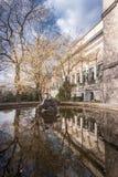 De lente in het Beeldhouwwerkpark van Brussel royalty-vrije stock foto's