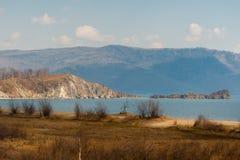 De lente op Road circum-Baikal aan het zuiden van Meer Baikal Stock Afbeelding